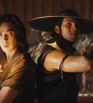 Лю Кенг з екранізації Mortal Kombat показав трейлер мамі: її реакція безцінна