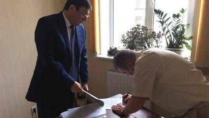 Луценко особисто оголосив підозру судді Швецю - фото 1