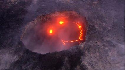 Один з найактивніших вулканів показав свою усмішку - фото 1
