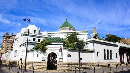 У Франції можуть заборонити фінансування мечетей - фото 1