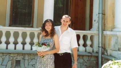 Олег Сенцов з дружиною Аллою - фото 1