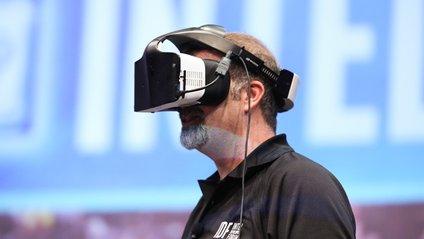 Intel створила шолом віртуальної реальності - фото 1
