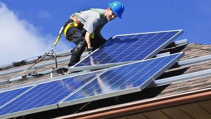 Відтепер Tesla зможе продавати сонячні батереї від свого бренду - фото 1