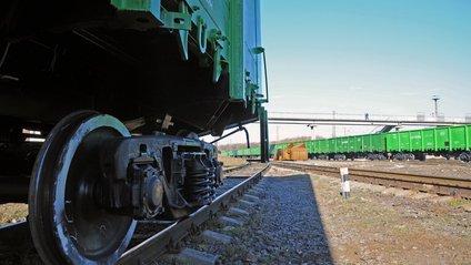4 вагони ще залишаються на прикордонних передавальних станціях - фото 1