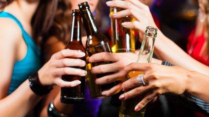Вартість алкогольних напоїв знову зросте - фото 1