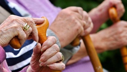 У грудні українцям підвищать пенсії - фото 1