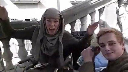 """ЗМІ показали акторів """"Гри престолів"""" за кадром - фото 1"""