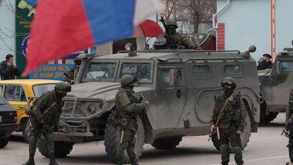 У Північному Криму відбуваються постійні переміщення російської військової техніки - фото 1