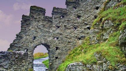 Вчені знайшли руїни ймовірного замку короля Артура - фото 1