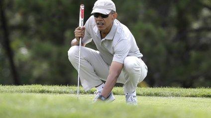 Обама зіграв у гольф з відомим баскетболістом - фото 1