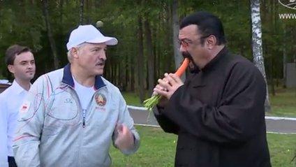 Лукашенко нагодував морквою голлівудського актора - фото 1