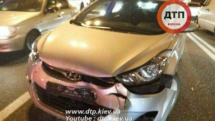 ДТП у Києві: П'яний водій влаштував подвійну аварію - фото 1