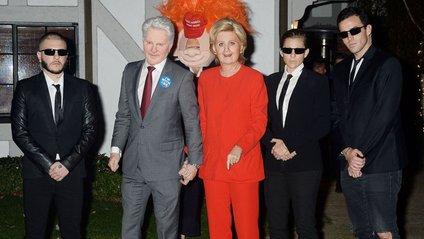 Не грудьми єдиними: Кеті Перрі стала клоном Гілларі Клінтон - фото 1