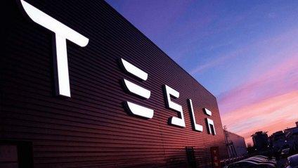 Tesla спільно з Panasonic створюватиме сонячні батареї - фото 1