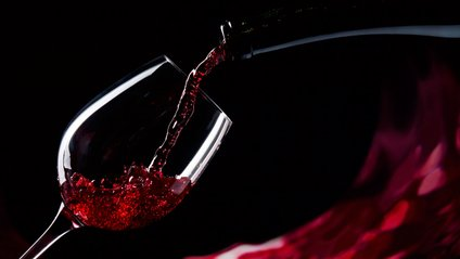 Червоне вино здатне замінити зубну пасту - фото 1
