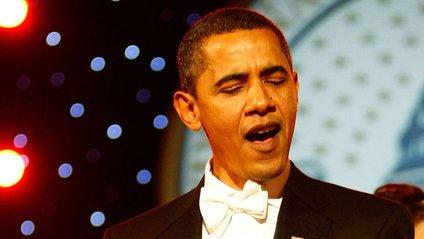 Обама станцював із відомим репером у Білому домі - фото 1