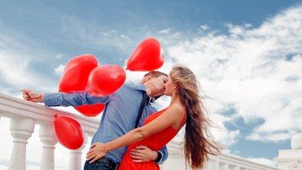 Психологи все ж радять не поспішати вступати в інтимні стосунки - фото 1