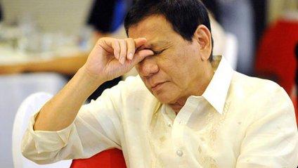 Президент Філіппін поговорив із Богом та пообіцяв не матюкатися - фото 1