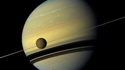 Сатурн із супутниками - фото 1
