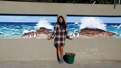Українська художниця стала зіркою в Африці - фото 1