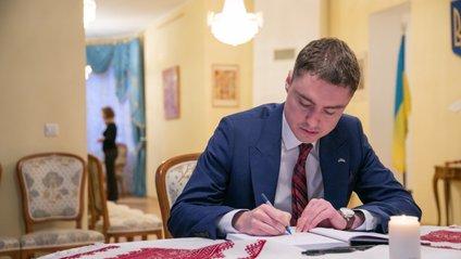 Естонський парламент відправив прем'єр-міністра у відставку - фото 1