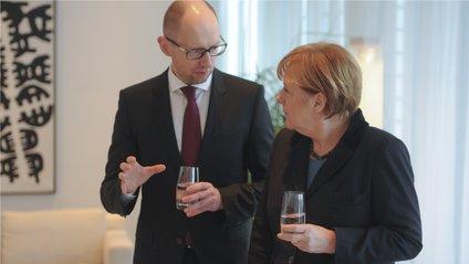 Яценюк, Меркель - фото 1
