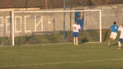 Сербський футболіст зробив найкурйозніший промах за всю історію - фото 1
