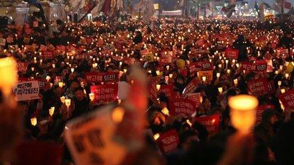 У Південній Кореї тривають протести - фото 1