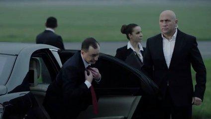 """""""Антитіла"""" полювали на політика у новому ефектному відео - фото 1"""