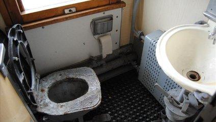 Туалети в українських поїздах - фото 1
