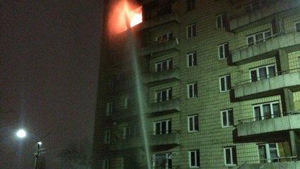 У Києві спалахнув гуртожиток: 77 осіб евакуйовано - фото 1