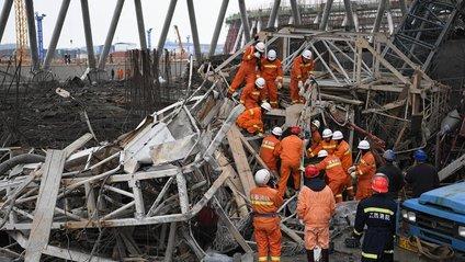 У Китаї обвалилася електростанція: є загиблі - фото 1