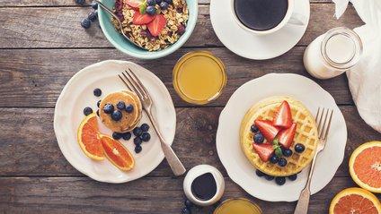 Якими продуктами снідають стрункі люди - фото 1