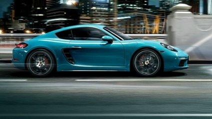 Як виглядає гонка Porsche Cayman з дронами: вражаюче відео - фото 1