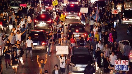 Протест у Лос-Анджелесі - фото 1