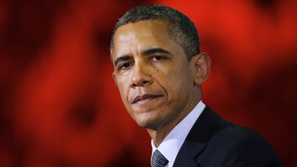 Обаму, зокрема, звинувачують в смертях українців - фото 1