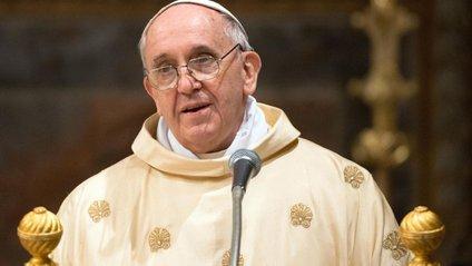 Понтифік сказав, що не дає оцінкам політикам - фото 1