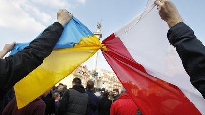 У Польщі заявили про сумнівність відносин з Україною - фото 1