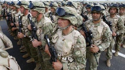 Військові НАТО - фото 1