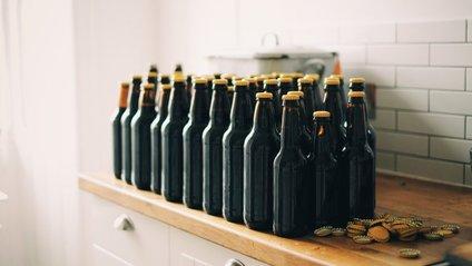 Вчені назвали факти про користь одної пляшки пива - фото 1