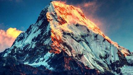 Еверест міг просісти внаслідок - фото 1