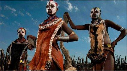 Плем'я Каро - фото 1