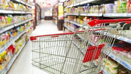 Які продукти краще не купувати в супермаркетах - фото 1