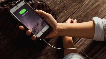 Лайфхаки, як пришвидшити зарядку iPhone - фото 1