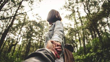 7 ознак того, що ваш партнер щось приховує - фото 1