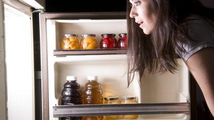 Продукти в холодильнику - фото 1