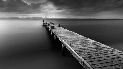 Мінімалізм у природі: неймовірні чорно-білі фото - фото 1