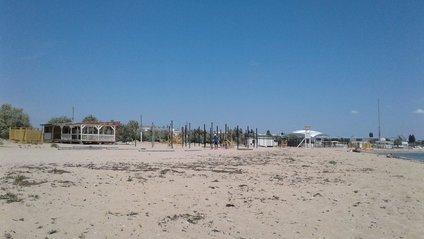 Пляж у Євпаторії - фото 1