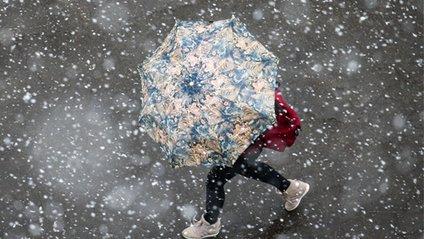Сніг в Москві - фото 1