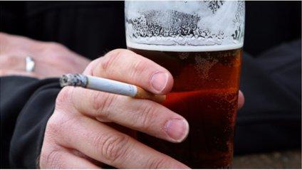 Пити і курити - фото 1